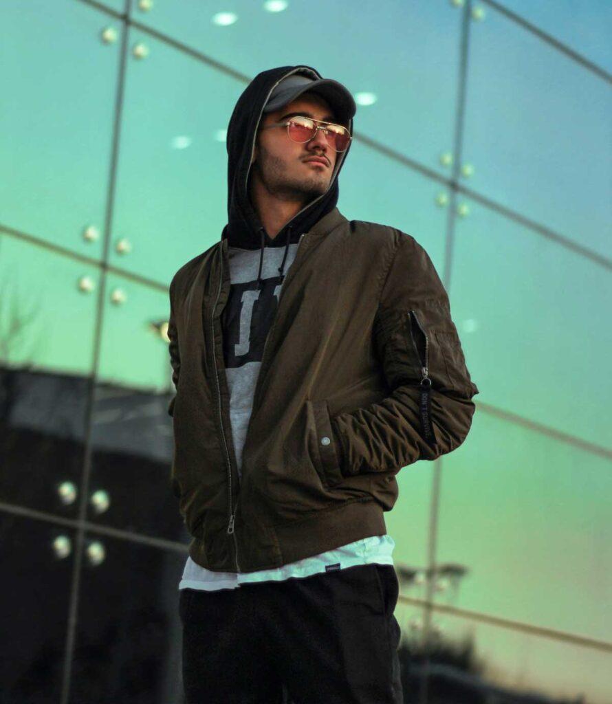 hooded-jacket-styles-for-men