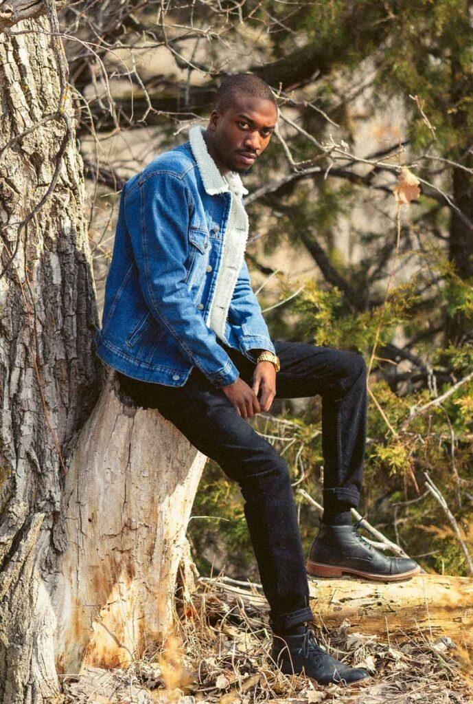 denim-rocking-with-black-jeans